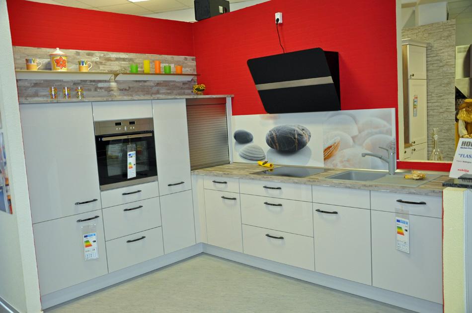 Hoco Küchen Rostock | Komplett ausgestattete Musterküchen radikal ...